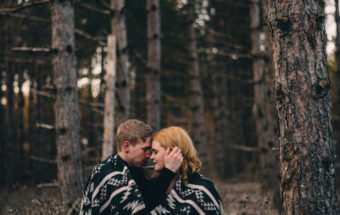 outdoor engagement photos at long sault conservation area